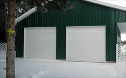 Upper Michigan and Upper Peninsula - Hunter Garage Doors specializes in the installation of commercial and residential garage doors and openers. They also provide a full line of maintenance services.