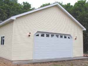 Capture the attention of all with a beautiful garage door!  Servicing a large portion of the Eastern Upper Peninsula, Dan Beals and Hunter Garage Doors of Michigan is your professional answer to all of your garage door installation needs.